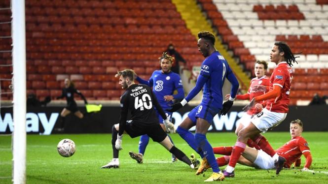 Pertandingan Barnsley melawan Chelsea