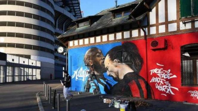 Mural Romelu Lukaku vs Zlatan Ibrahimovic.