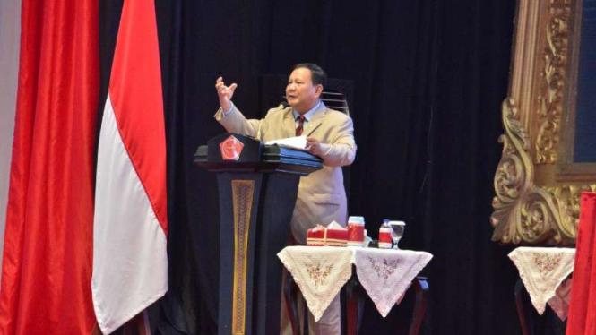VIVA Militer: Menhan RI Prabowo Subianto ketika menghadiri Rapim TNI Tahun 2021