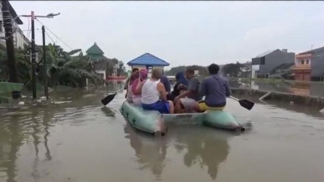 Banjir di perumahan Total Persada Kota Tangerang
