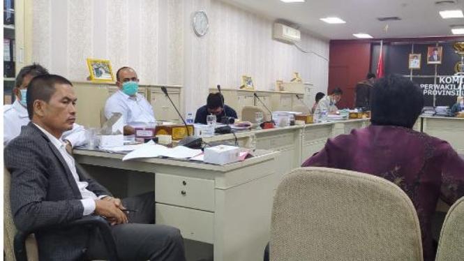 Perwakilan Petani Kerapu Lampung saat mediasi dengan Pelindo di Komisi I DPRD Lampung (ilustrasi/Istimewa)