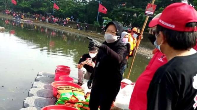 Mensos Tri Rismaharini di acara PDIP bersih-bersih sungai dan waduk