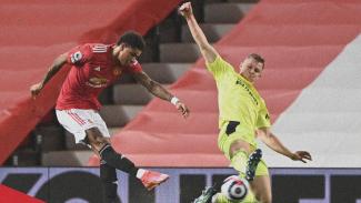 Marcus Rashford membobol gawang Newcastle United.