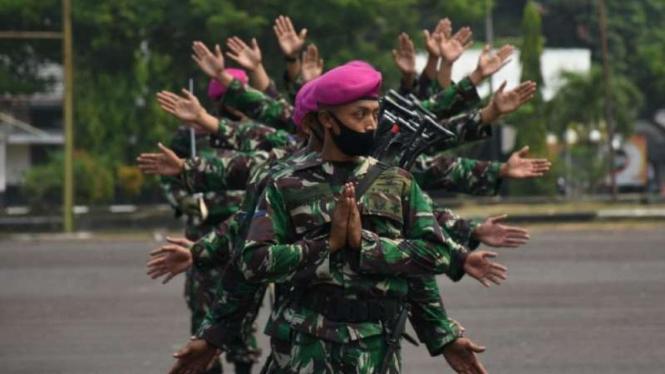 VIVA Militer: Prajurit Resimen Artileri 2 Pasmar 2 Marinir TNI AL