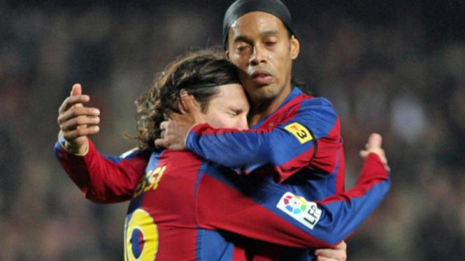 Lionel Messi dan Ronaldinho.