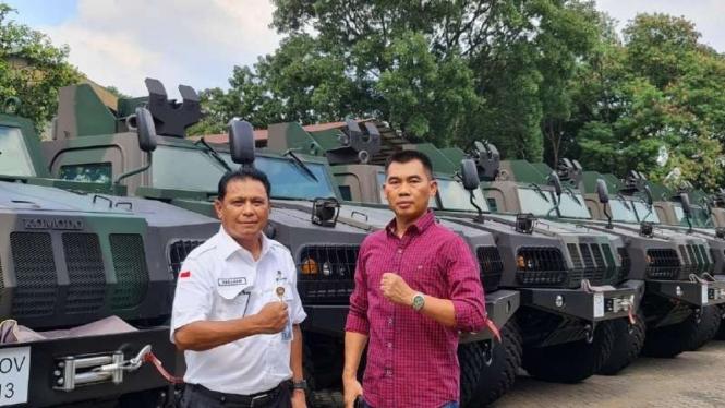 Bupati terpilih Gunungkidul Sunaryanta memilih kendaraan buatan Pindad, Maung, sebagai kendaraan operasionalnya usai pelantikan pada 26 Februari 2021.