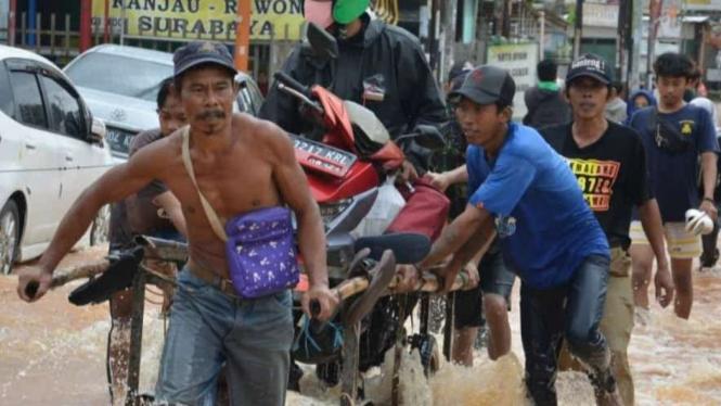 Banjir di Kabupaten Bekasi, Jawa Barat