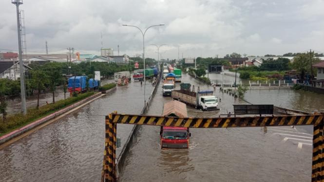 Banjir di Pantura Semarang, Kamis 25 Februari 2021.
