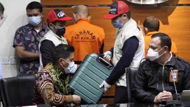 Barang Bukti Kasus Korupsi Gubernur Sulsel Nurdin Abdullah