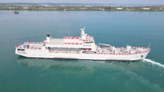 VIVA Militer: KRI Teluk Weda-526
