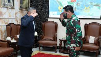 VIVA Militer: Ketua KKIP Letjen TNI (Purn) Suryo Prabowo menemui Panglima TNI