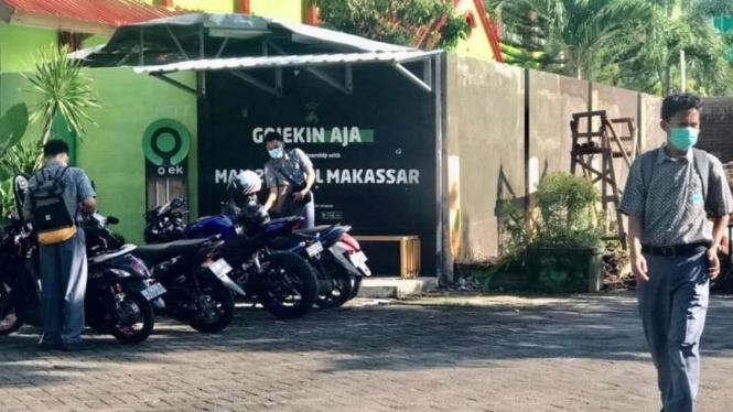 Belajar tatap muka di Makassar.
