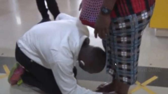 VIVA Militer: Falen Mariar mencium kaki Sang Ibunda tercinta sebelum ikut SECABA
