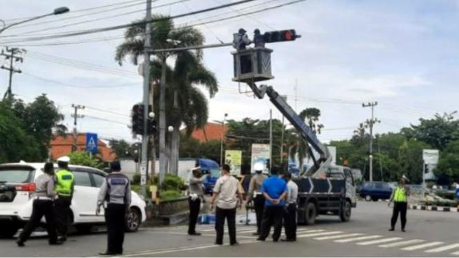 Pemasangan kamera ETLE di wilayah Kabupaten Bekasi