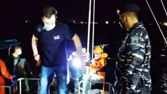 VIVA Militer: TNI AL dari Lanal Balikpapan selamatkan korban Laka Laut