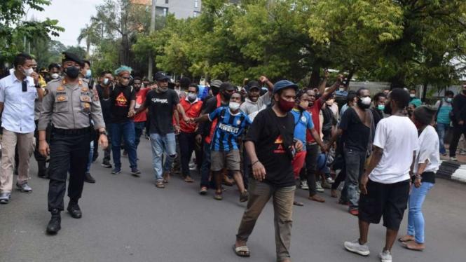 Aksi unjuk rasa mahasiswa Papua di Semarang, Jateng.