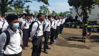 VIVA Militer: Danrem Surya Kencana memberikan pengarahan kepada Calon Tamtama