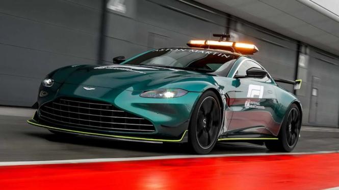 Aston Martin Vantage jadi safety car