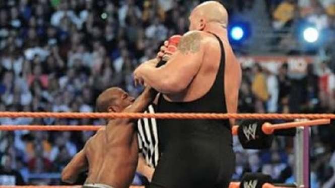 Floyd Mayweather Jr vs Big Show