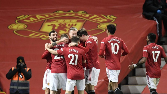 Pemain Manchester United merayakan gol