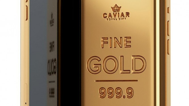 iPhone 12 Pro dan Samsung Galaxy S21 Ultra berbalut emas 1 kg.
