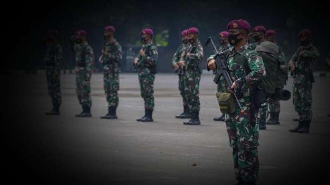 VIVA Militer: Komadan Kompi Harimau Marinir.