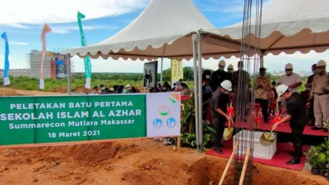 Summarecon ground breaking pembangunan Sekolah Al-Azhar di Makassar.