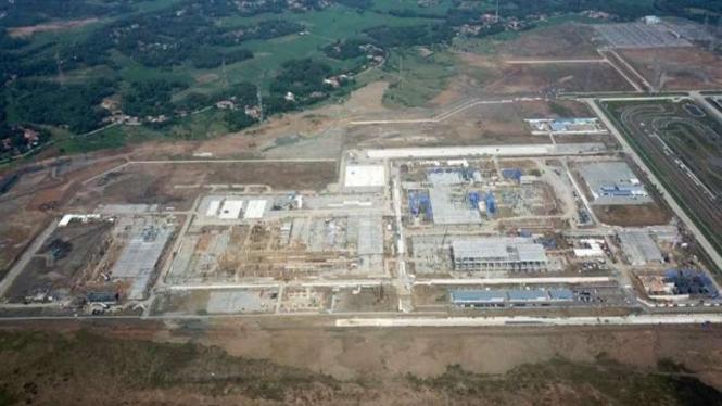 Kawasan pembangunan pabrik mobil Hyundai Motor Manufacturing Indonesia di Deltamas Industrial Complex, Bekasi, Jawa Barat, Indonesia.