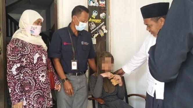 """""""R"""" wanita ODGJ warga Kecamatan Cikalong, Kabupaten Tasikmalaya yang dipasung selama tujuh tahun."""