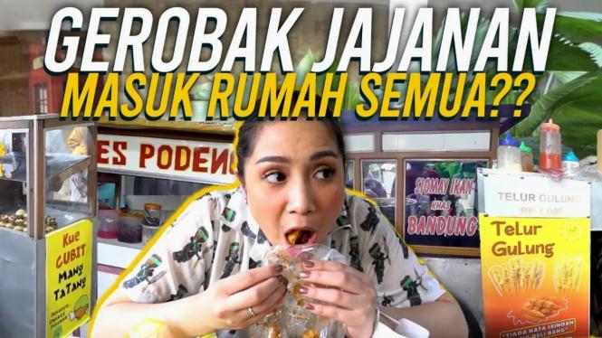 Ekspresi seru Nagita Slavina makan batagor