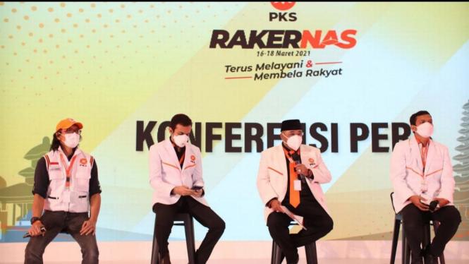 Konferensi Pers Hasil Rakernas PKS 2021 yang disampaikan Sekjen PKS Habib Aboe Bakar Al Habsy (PKSFoto).