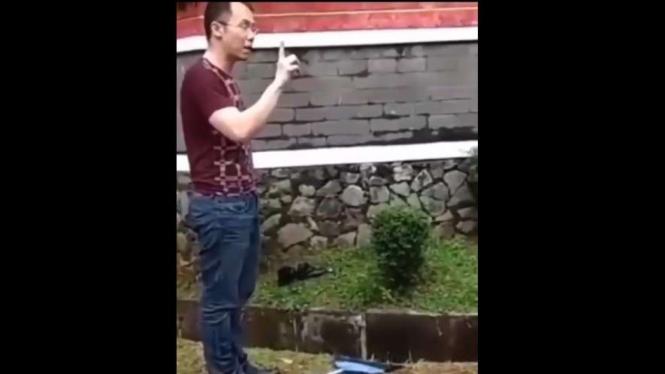 Pria Viral yang membunuh Kucing di Tangerang Selatan.