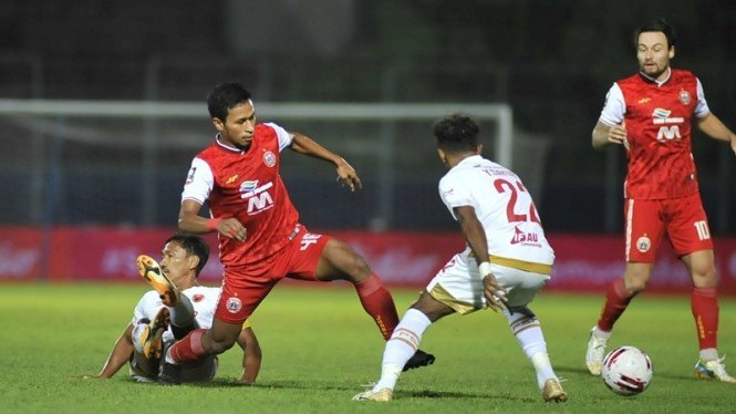 Pertandingan PSM Makassar melawan Persija Jakarta dalam Grup B Piala Menpora
