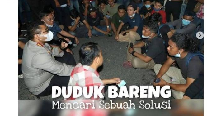 Foto : Kapolrestabes Surabaya Kombes Isir Duduk Bareng Massa HMI dari Sulsel