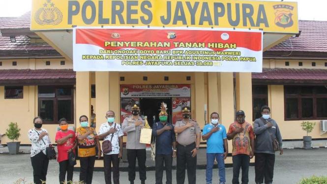 Penyerahan Tanah Hibah Kepada Polres Jaya Pura, Papua