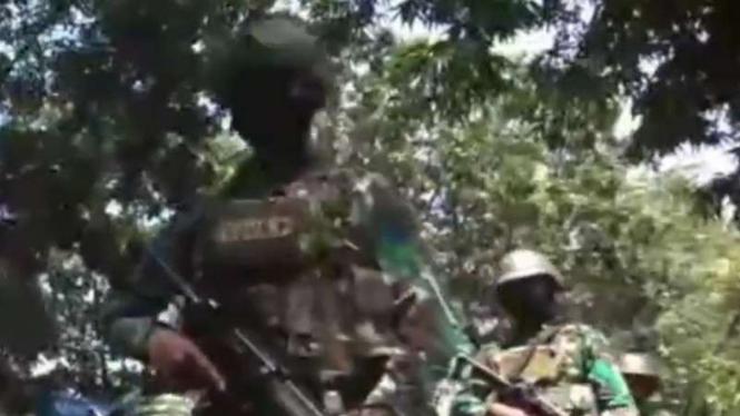 VIVA Militer: Pasukan Pendarat Satgas Pam Mupe Pasmar 2 Marinir