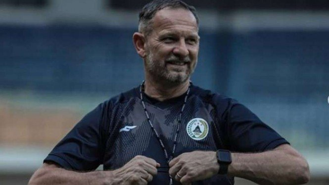 Pelatih PSS Sleman, Dejan Antonic.