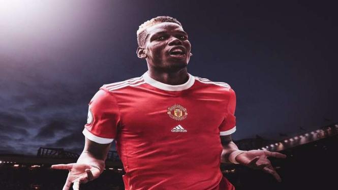 Ilustrasi Pogba mengenakan jersey home terbaru milik MU