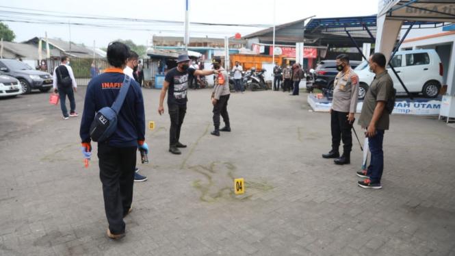 Olah TKP perampokan dan penganiayaan di ATM Rajeg