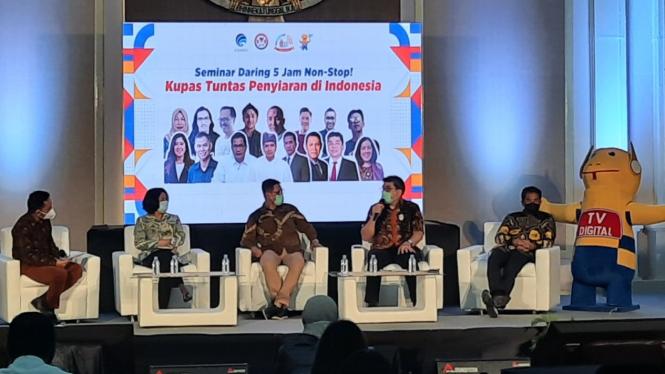 Seminar terkait penyiaran di Indonesia.