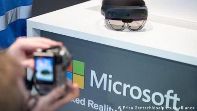 Microsoft Mau Kasih Tentara AS Headset Rp50 Juta