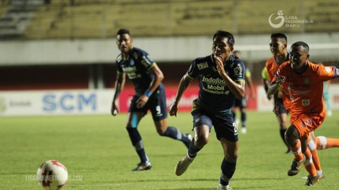 Duel Persib Bandung vs Persiraja Banda Aceh