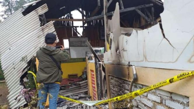 Ponpes Riyadul Jannah di Kampung Cipicung dibakar massa