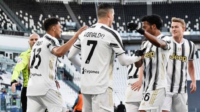 Selebrasi pemain Juventus, Cristiano Ronaldo usai bobol gawang Napoli