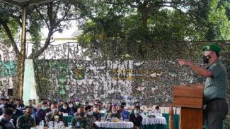 VIVA Militer: Danrem 061/SK Brigjen TNI Achmad Fauzi