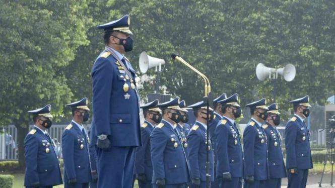 VIVA Militer: KSAU Marsekal Fadjar Prasetyo pimpin upacara HUT TNI AU