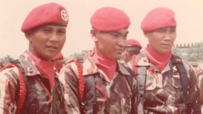 VIVA Militer: Letjen TNI (Purn.) Prabowo Subianti (kiri)
