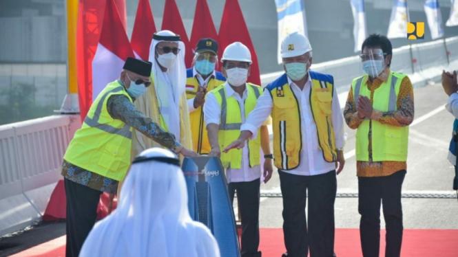 Tol  Japek II Elevated Ganti Nama Jadi Jalan Layang MBZ Sheikh Mohamed Bin Zayed