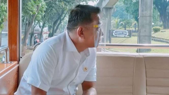 Kepala Staf Kepresidenan (KSP), Moeldoko saat memantau langsung TMII.