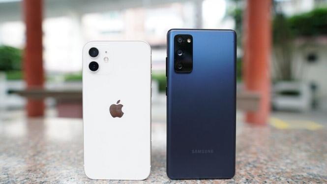 iPhone vs Samsung.